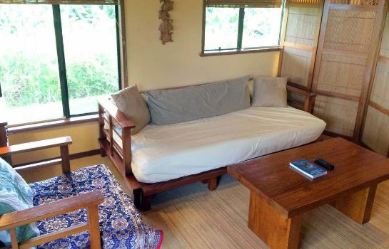 Information Hamakua Guest House and Camping Cabanas