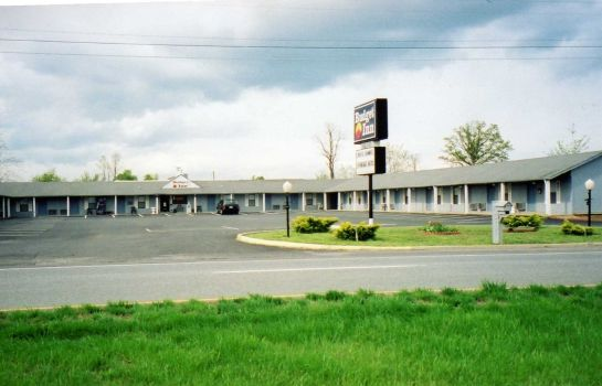 Exterior view Budget Inn of Lynchburg and Bedford