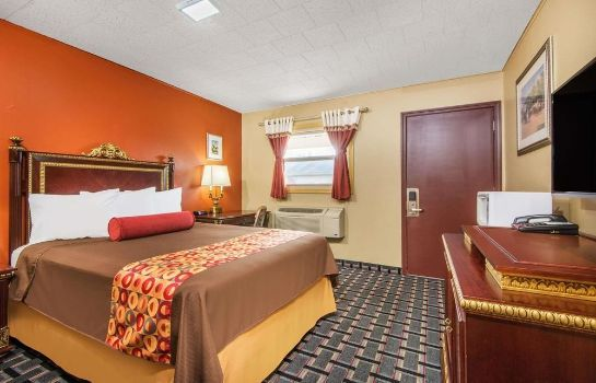 Camera standard Knights Inn and Suites Salem