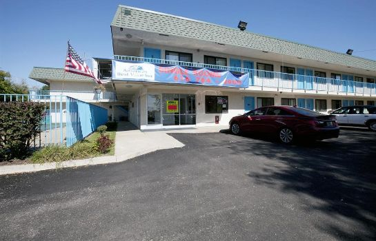 Widok zewnętrzny Americas Best Value Inn & Suites-Walker/Grand Rapids North