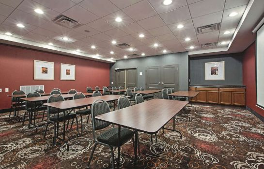 Conference room La Quinta Inn & Suites by Wyndham Harrisburg-Hershey La Quinta Inn & Suites by Wyndham Harrisburg-Hershey