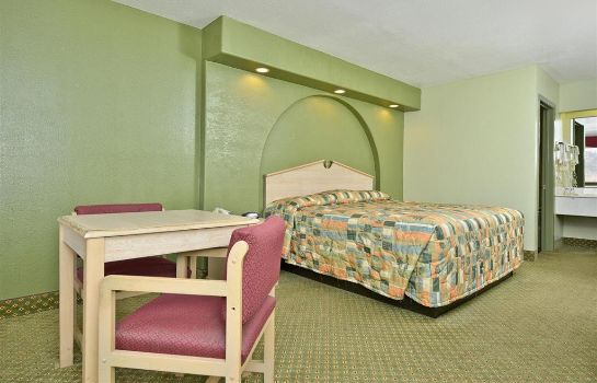 Zimmer Americas Best Value Inn - San Antonio Downtown I-10 East