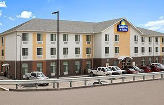 Exterior view Days Inn & Suites Belmont