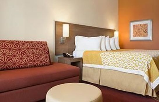 Single room (standard) Days Inn & Suites Belmont