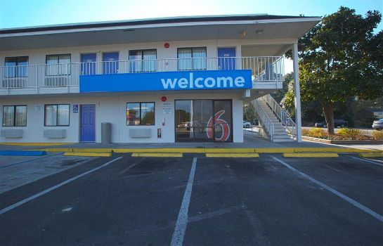 Außenansicht Motel 6 Charleston North SC