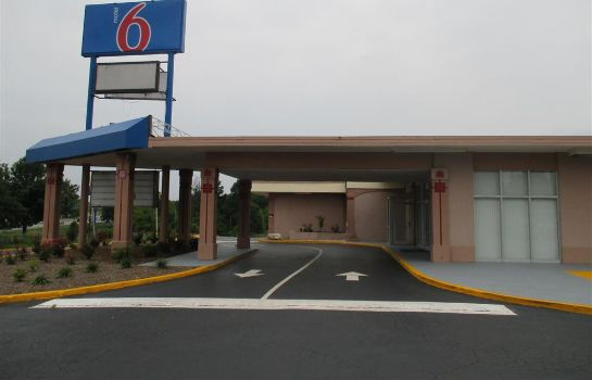 Info Motel 6 Greensboro NC
