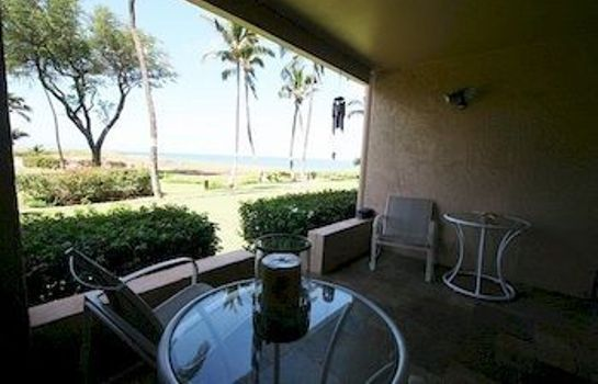 Terrasse Menehune Shores 424 2 Bedrooms Condo by RedAwning