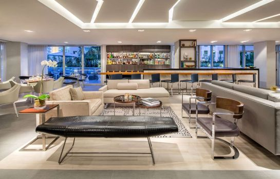 Hotel bar Hyatt Centric South Beach Miami