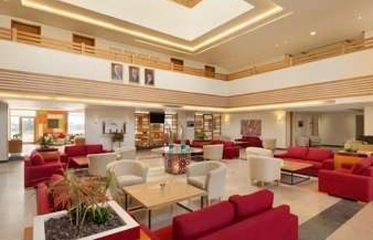Hotelhalle Ramada Resort Dead Sea