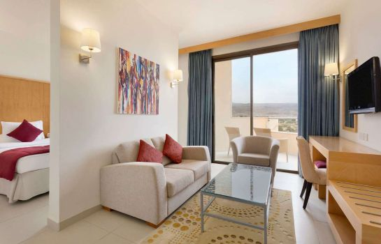 Suite Ramada Resort Dead Sea