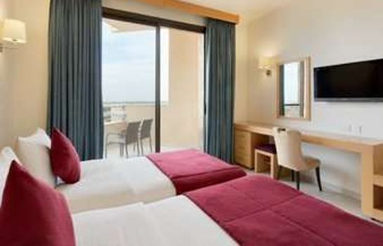 Zimmer Ramada Resort Dead Sea