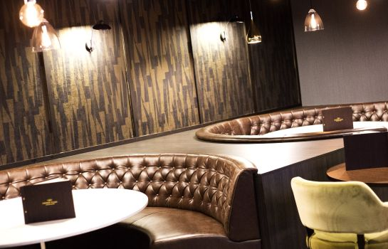 Hotel bar Crowne Plaza ABERDEEN AIRPORT