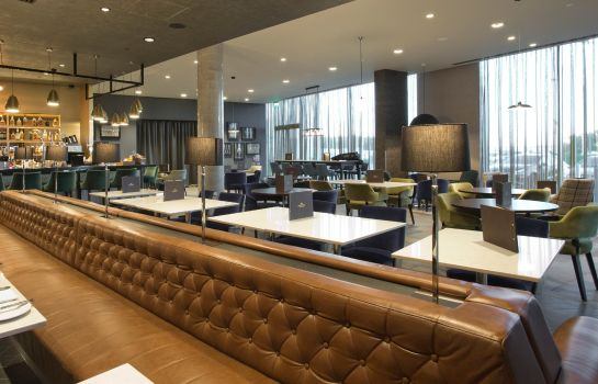 Bar hotelowy Crowne Plaza ABERDEEN AIRPORT