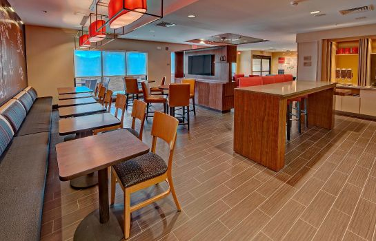 Restaurant TownePlace Suites Hattiesburg
