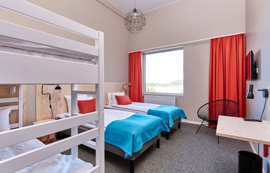Four-bed room Kviberg Park Hotel & Conference