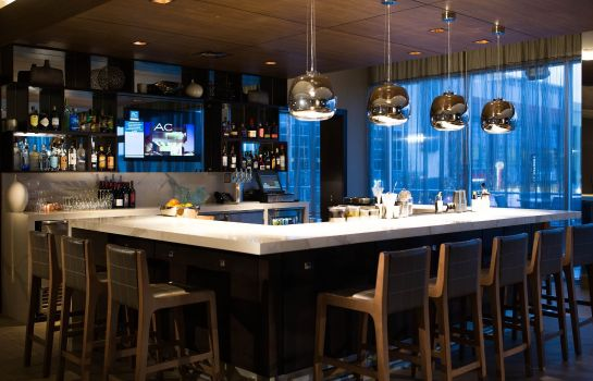 Bar del hotel AC Hotel Cincinnati at Liberty Center