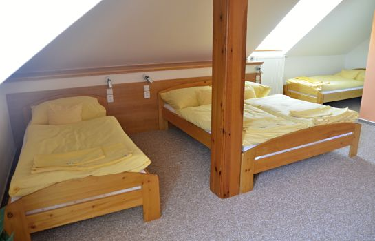Four-bed room Na Statku