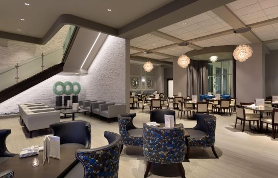 Bar del hotel Embassy Suites by Hilton Kansas City Olathe