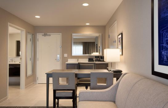 Suite Embassy Suites by Hilton Kansas City Olathe