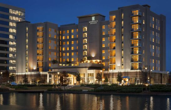 Buitenaanzicht Embassy Suites by Hilton The Woodlands at Hughes Landing