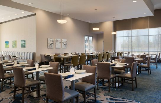Restaurant Embassy Suites by Hilton The Woodlands at Hughes Landing