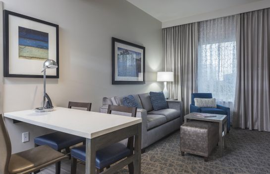 Suite Embassy Suites by Hilton The Woodlands at Hughes Landing