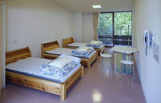 Triple room Utano Youth Hostel