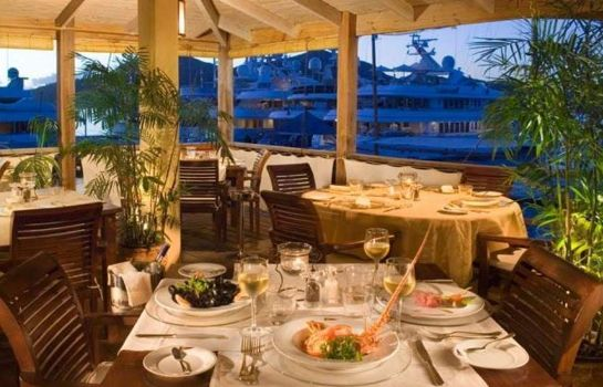 Restaurant Antigua Yacht Club Marina