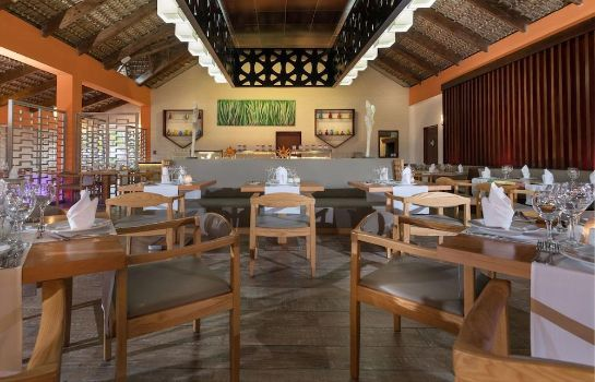Restauracja Tropical Deluxe Princess Beach Resort & Spa