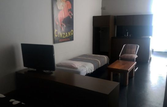 Triple room Hostal Casa Ram