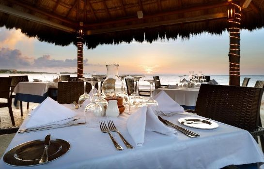 Restaurant Grand Palladium Colonial Resort & Spa All Inclusive