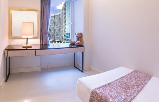 Suite Kowloon Harbourfront Hotel