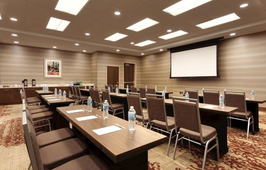 Sala congressi Embassy Suites by Hilton Akron Canton Airport