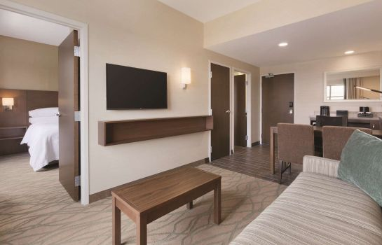 Chambre Embassy Suites by Hilton Akron Canton Airport