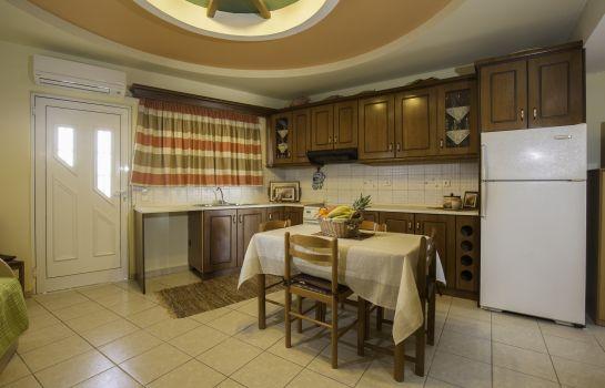 Hotel LYRISTIS STUDIOS & APARTMENTS in Rodos – HOTEL DE