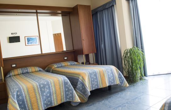 Triple room Hotel Gabbiano