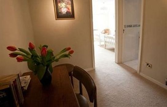 Informacja Southover Bed and Breakfast