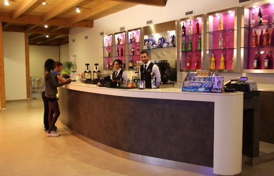 Hotel bar Sira Resort