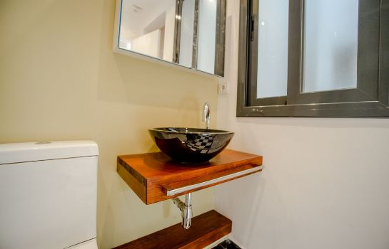 Bathroom No 15 - The Streets Apartments Barcelona