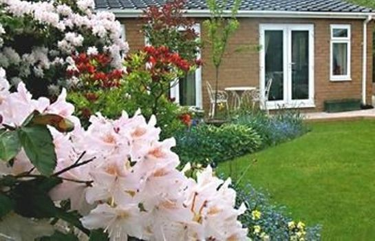Exterior view The Villa Holiday Cottage Apartment Neston Wirral Cheshire