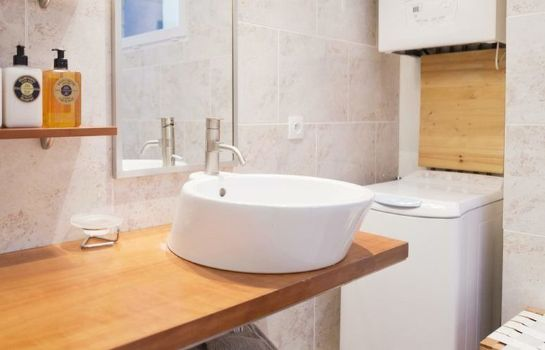 Bathroom Appartements - Visit in Bordeaux