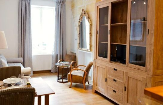 Info Appartements - Visit in Bordeaux