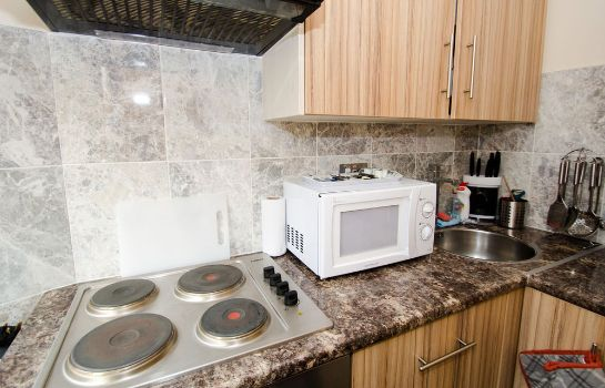 Keuken in de kamer William's Apartments Hillsborough