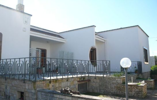 Vista esterna Santu Nicola - Bed and Breakfast