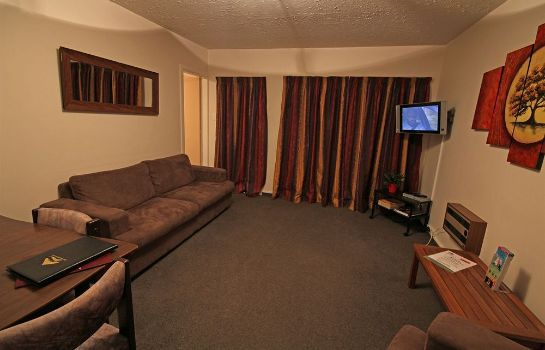 Information Avalon Court Accommodation
