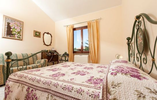 Triple room Melagranadasardegna B&B
