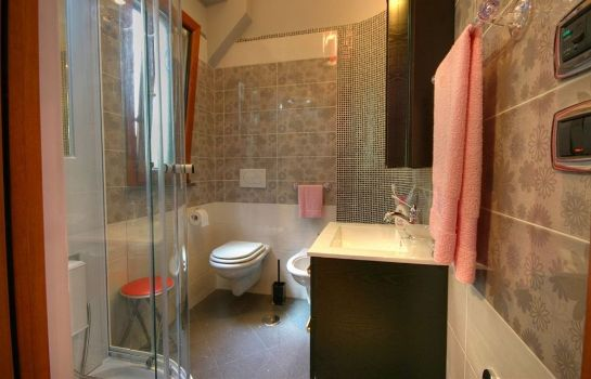 Badezimmer Bed & Breakfast Il Pavone