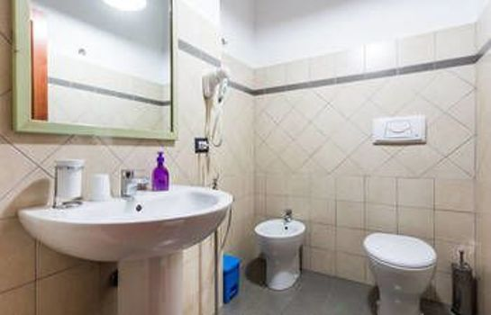 Bagno in camera Bosa Guest House