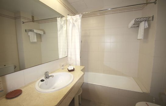 Bagno in camera Aparthotel Houm Plaza Son Rigo