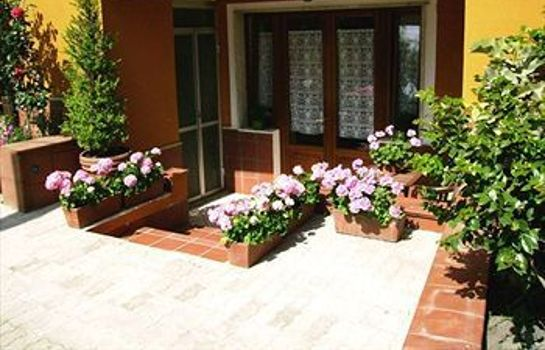 Info Bed & Breakfast Villa Mena